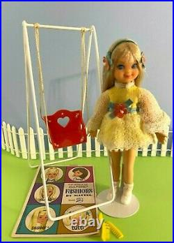 1967 Vintage Barbie SWING-A-LING TUTTI #3560 COMPLETE With VHTF SWING