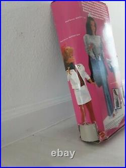 1986 Jewel Secrets Whitney Barbie Steffie Face Mattel Damaged Box
