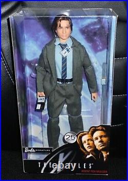 25th Anniversary The X-Files 2018 Fox Mulder NRFB David Duchovny Mattel