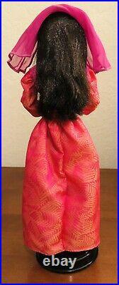Barbie DOTW 5 Dolls Collectors Editions China Danish Cambodia Morocco & Juliet