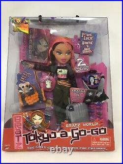 Bratz 2001 Tokyo A Go-Go Fianna Doll MGA With Suitcase + Accessories