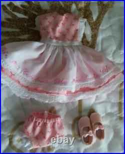 Effner Heartstrings 8 Romantic Dreams doll with 3 extra original outfits lot