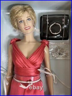 FRANKLIN MINT Diana Princess of Radiance Limited Edition Portrait Doll COA