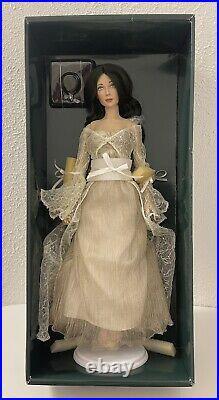 Franklin Mint 16 Vinyl Doll Laurel Empress of the Elves with Necklace +Stand NRFB