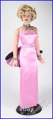 Franklin Mint 16 Vinyl Portrait Marilyn Monroe in Pink Gown DE-Boxed Doll