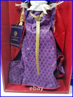 Franklin Mint Guinevere Vinyl Portrait Doll 16 With Royal Crown