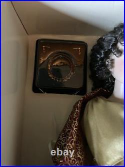 Franklin Mint Julia Roman Empress 16 Vinyl Doll