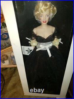 Franklin Mint Marilyn Vinyl Doll AWARDS NIGHT RARE Black Sparkle Gown LE1000