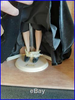 Franklin Mint Scarlett Vinyl Doll Final Farewell Black Velvet LE