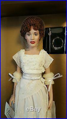 Franklin Mint Titanic Rose Portrait Vinyl Doll in Heaven Dress Ensemble