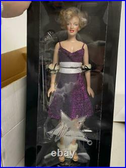 Franklin Mint Vinyl Portrait Marilyn Monroe Entertaining The Troops Doll