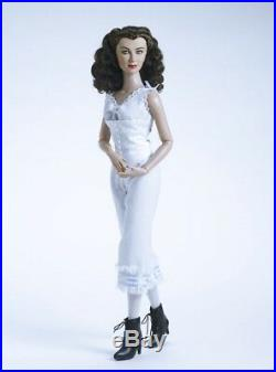 Gone With The Wind Scarlett (Vivien Leigh) a RARE 2007 Basic Tonner doll NRFB