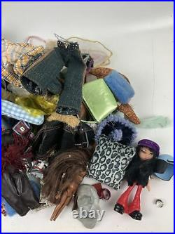 Huge MGA Bratz Dolls Lot Clothing Shoes Accessories Shopping Mall Furniture