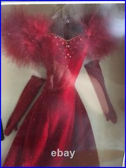 LOT of 2 FRANKLIN MINT Scarlett 16 Vinyl Doll Ensembles NRFB White & Red Shame