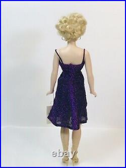 Marilyn Monroe Franklin Mint, Limited Edition. Vinyl portrait doll. 16 High