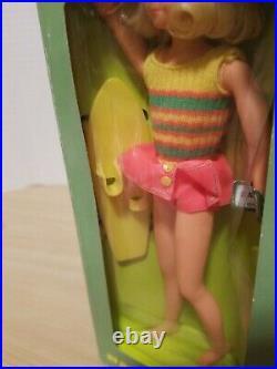 NEW-in-box 1143 1970 MATTEL Barbie DRAMATIC LIVING FLUFF doll SKATEBOARD