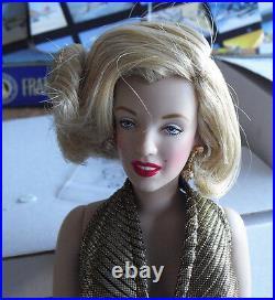 RARE Franklin Mint Vinyl Marilyn Monroe in Gold Sample Doll 15 Tall LOOK