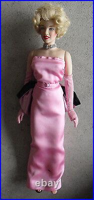 RARE Franklin Mint Vinyl Marilyn Monroe in Pink Sample Doll 15 Tall LOOK