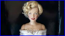 Rare! Franklin Mint Marilyn Monroe COVER QUEEN 16 Vinyl Doll withCOA 2009NRFB