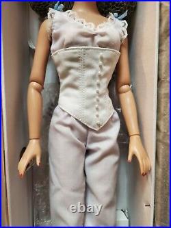 Tonner Basic Scarlett Doll 2007 BW Tyler Body